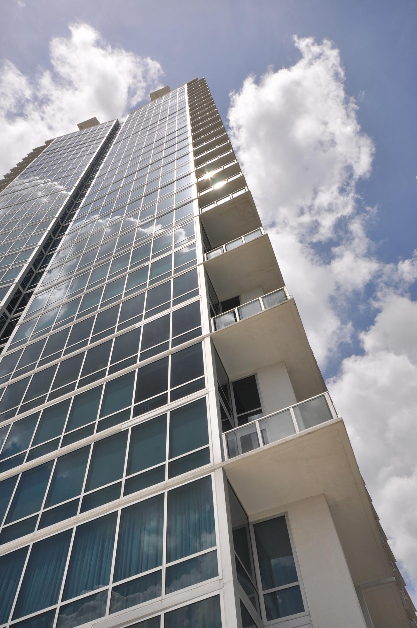 Downtown Orlando - The VUE at Lake Eola - Orlando Property Management Company